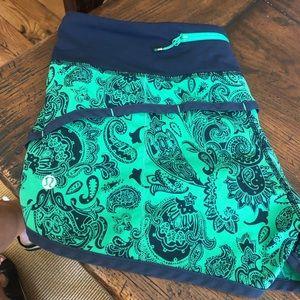 Lululemon green paisley shorts